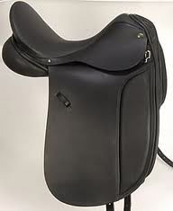 dressage_saddle_deep_seat